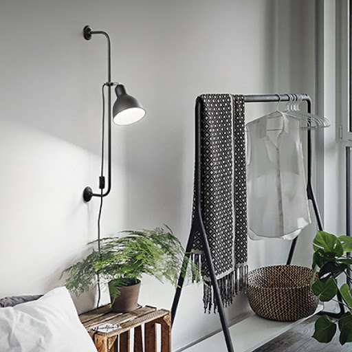 Ideallux seinavalgusti Shower interjööris