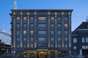 Освещение помещений гостиницы Palace