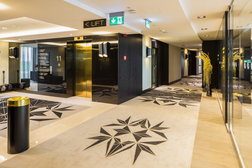 Hilton-koridoridevalgustus
