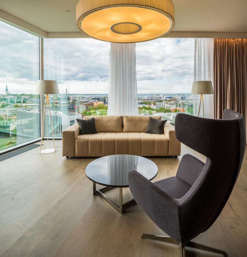 Hilton tuba