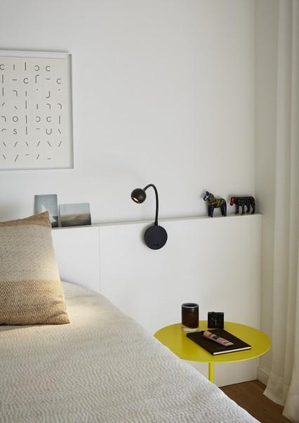 marset_lr_no8-wenge-bedside-lamp2-426x602