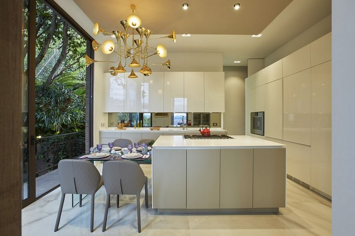 37d5a0f4707 Soovitame kööki mitmekihilist valgustust, mis tagaks sealolijale parima  nägemismugavuse nii kokates, ruumi koristades kui hubast õhtusööki nautides.